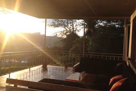 Spacious bungalow with best view of Kigali - Kigali - บ้าน