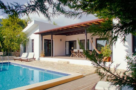 Fabulous Mountain Villa in Kalkan