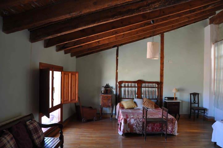 Espaciosa y acogedora casa en el casco antiguo