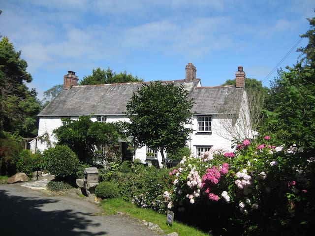 Stunning Cornish Cottage.  Bolingey, Perranporth - Cornwall - Hus
