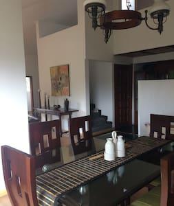 Beautiful home in Tabio's Countryside - Chía - Casa
