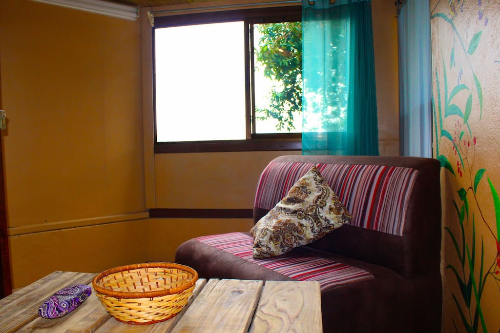 Perfect for morning or afternoon coffee, reading ... views of the rainforest