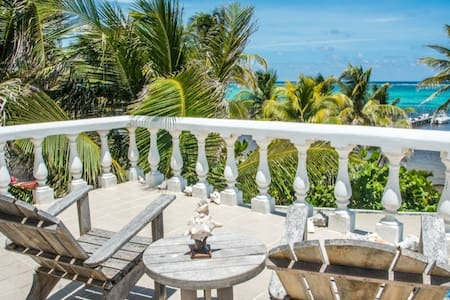 Lovely Beach Front Bed & Breakfast Hotel in Xcalak - Xcalak - Bed & Breakfast