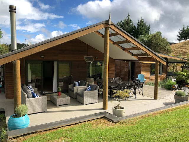 Matakana Oasis Private & Perfect for Families