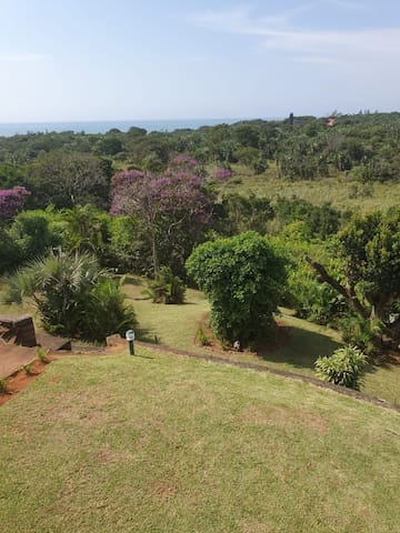 Quaint 3 bedroom house in tranquil setting