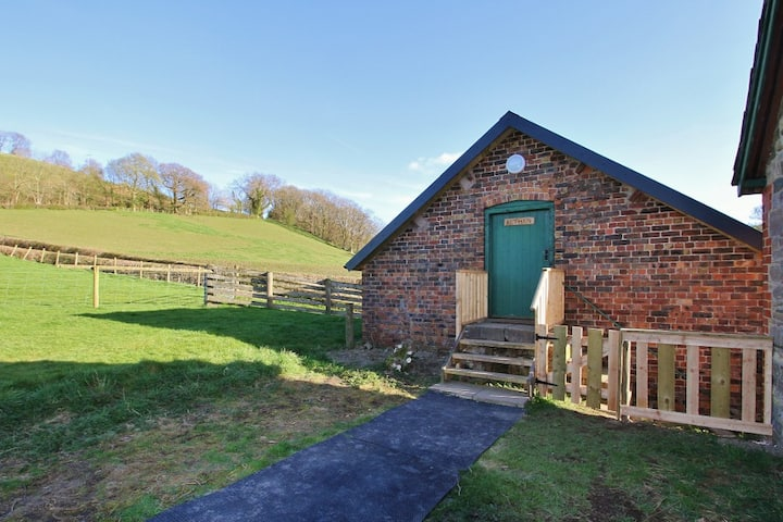 Bunkhouse Bethan ~ glamping on the Welsh border