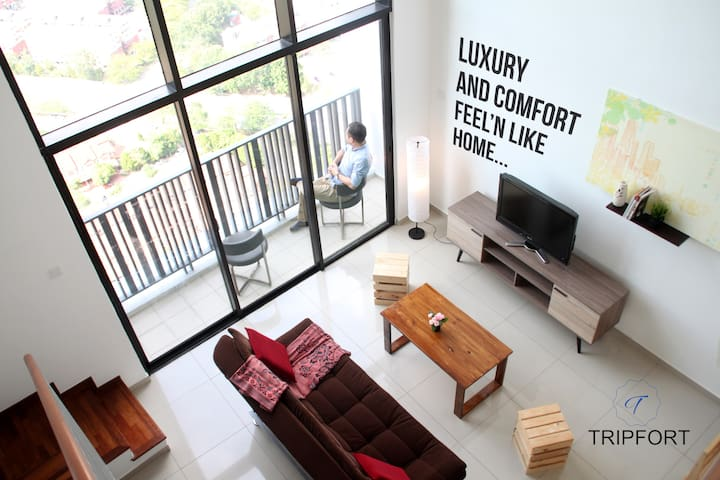 Lux Duplex Studio @i-City
