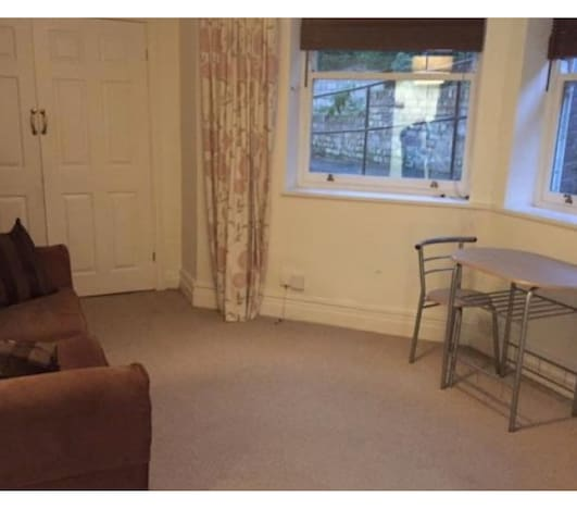 Nice flat near Lark Lane
