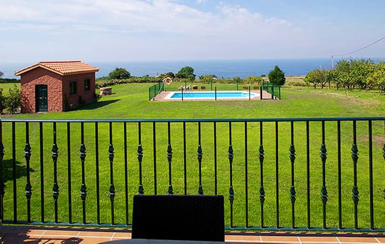 Villa Brandán - Con vistas al mar y piscina - 14px
