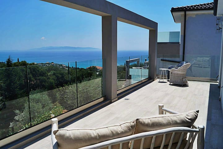 Villa - excellent view and pvt pool in Kefalonia - Kefallonia - Villa