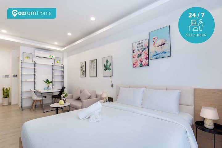 Cozrum Homes ✯ Delightful Loft w Saigonese Style