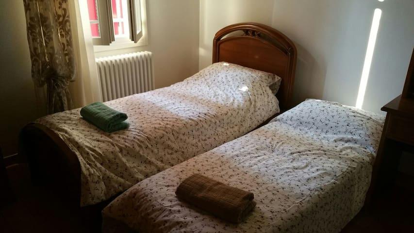 Camera con 2 letti - Bagnoli di Sopra - Dom