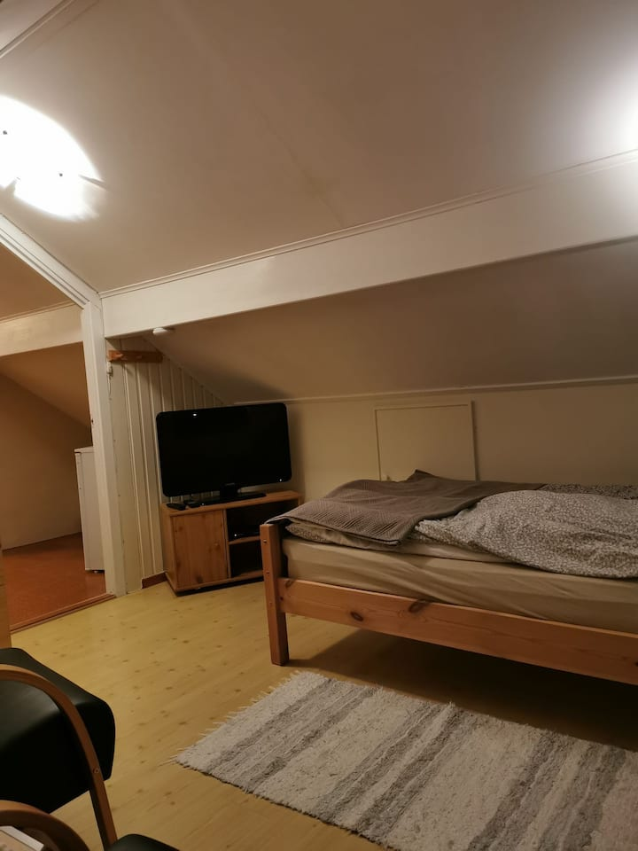 Privat room near airport