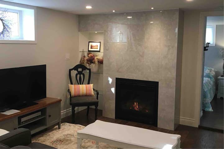 Relax Refresh in front of Fireplace +2 Bedrooms