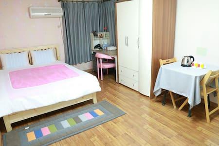 Near Dong-a univ.A Studio for Guest - Saha-gu - Flat