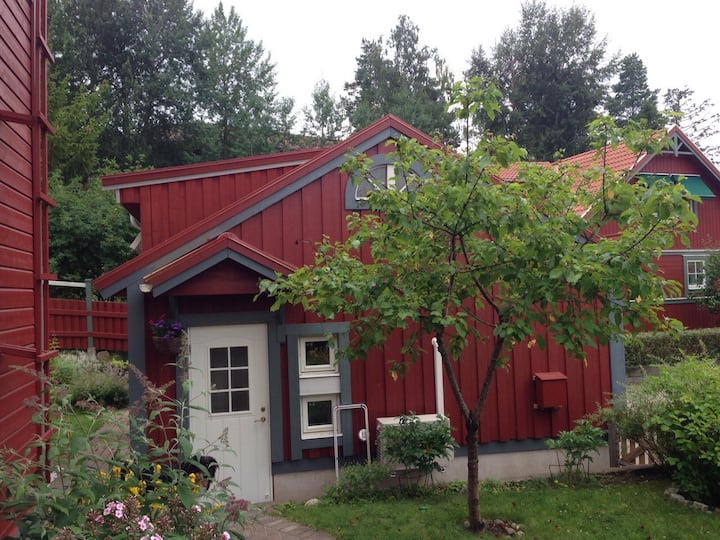 Cosy Guesthouse with sleeping loft - near nature!