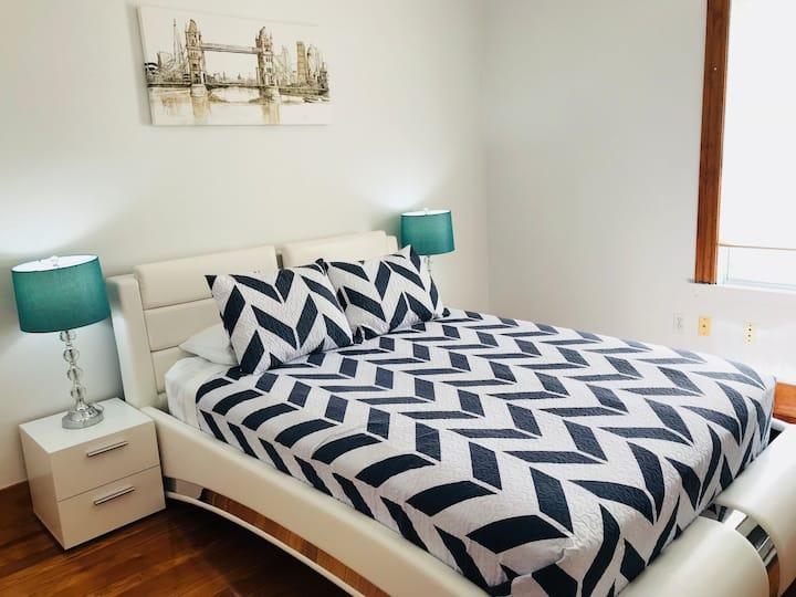 Beautiful 1-bedroom apartment/2nd floor
