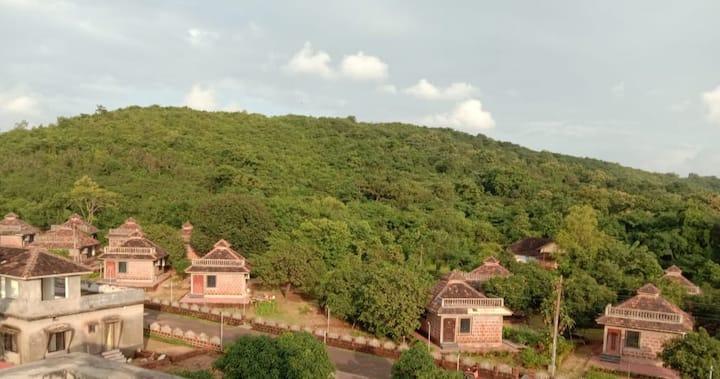 Twin Cottage (Aranya Kutir Resort)