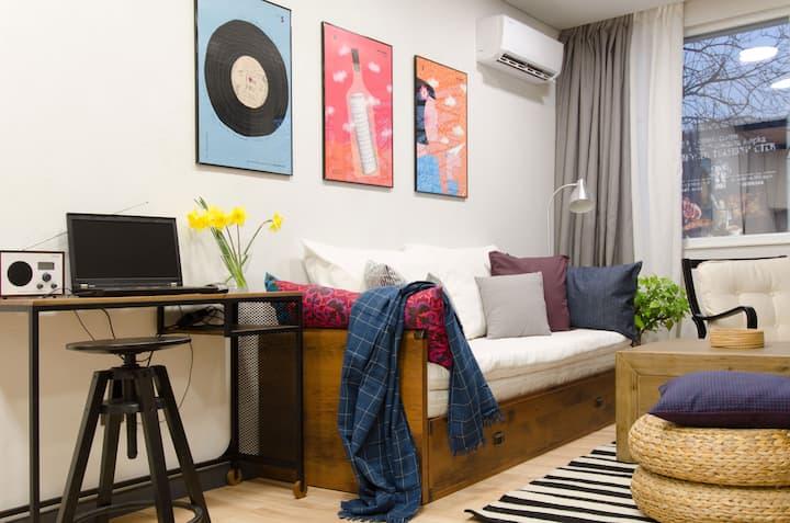 Enjoy My Home - artistic apartment, free parking