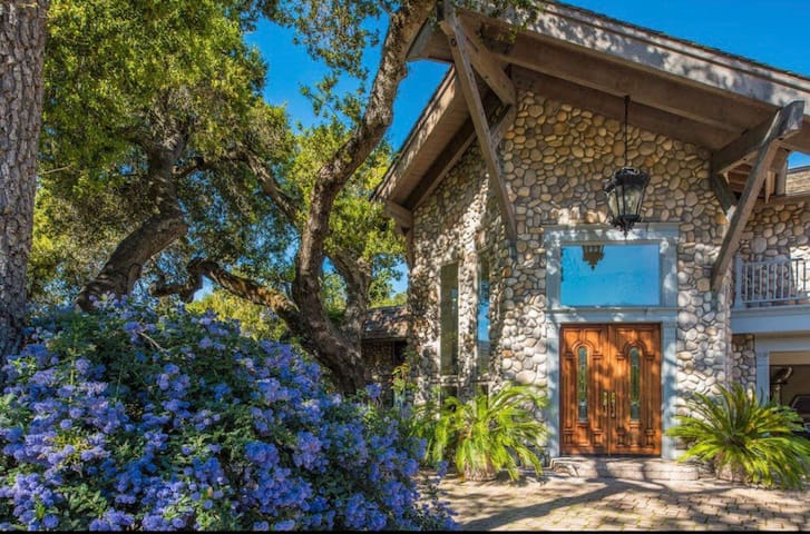 Mountain Paradise in Carmel Valley
