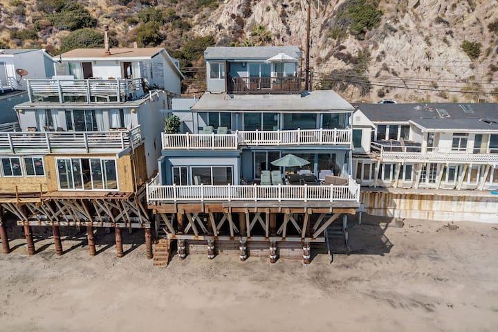 Charming Malibu Beach Home on Sandy Beach!