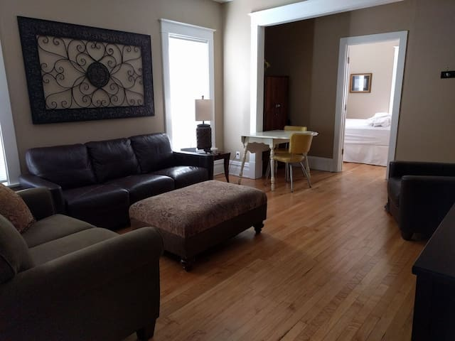 3 Bed Residential Nbhood 6 Mins West of Dtown Mpls