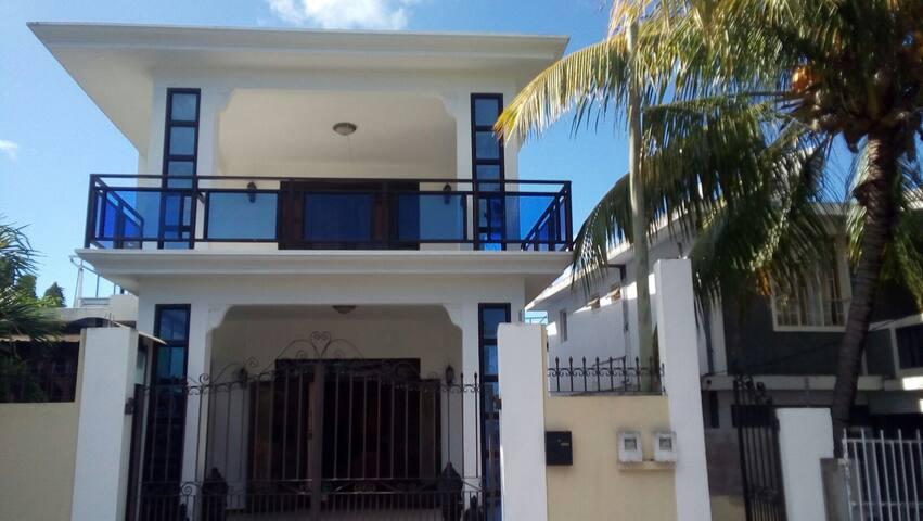 Casa De Flores - Grande Riviere Noire - Casa