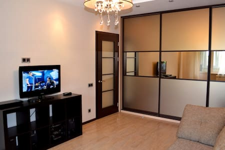 Уютная однокомнатная квартира - Noworosyjsk - Apartament