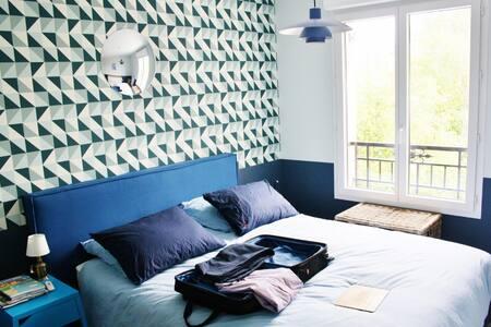 Location Appartement Saint Cyr L  Ef Bf Bdcole