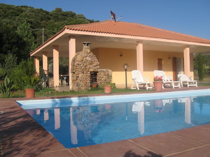 Inthe heart of the countryside, 4 km from the city