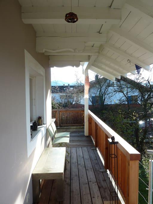 ruhigewohnung mit balkon und garten appartementen te huur in prien bayern duitsland. Black Bedroom Furniture Sets. Home Design Ideas