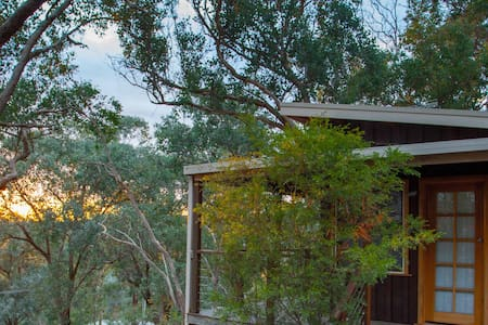 Warrandyte Treetop Retreat. - Warrandyte - Bungalou