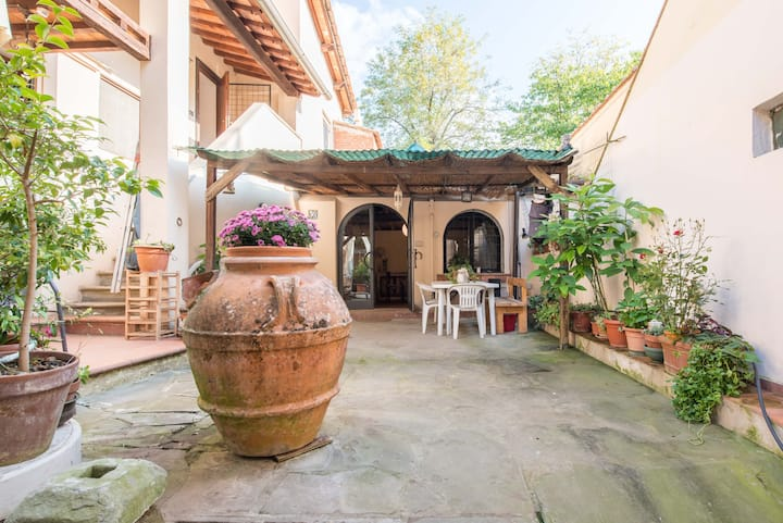 Florence in your country House 7km from the Center