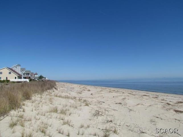 Tax Free Shopping & Private Beach In-law Apt. - Milford - Daire