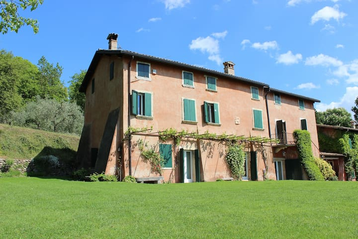 Beautiful villa with pool, peaceful and panoramic - Bardolino - Villa