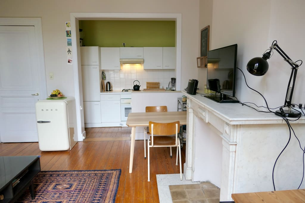 Living room + kitchen + dining room