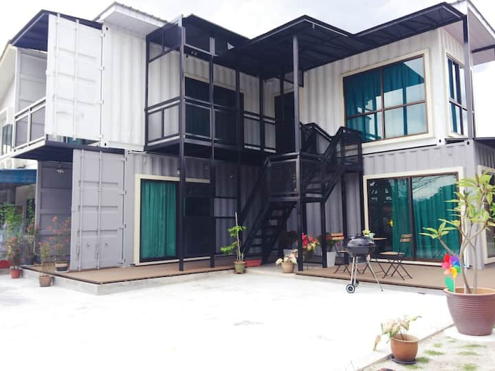 1536 Homestay @Ipoh (8-10 pax) (Steamboat/BBQ)