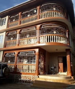 ABZA Lodge ( Four Bedrooms Apartment Suite)