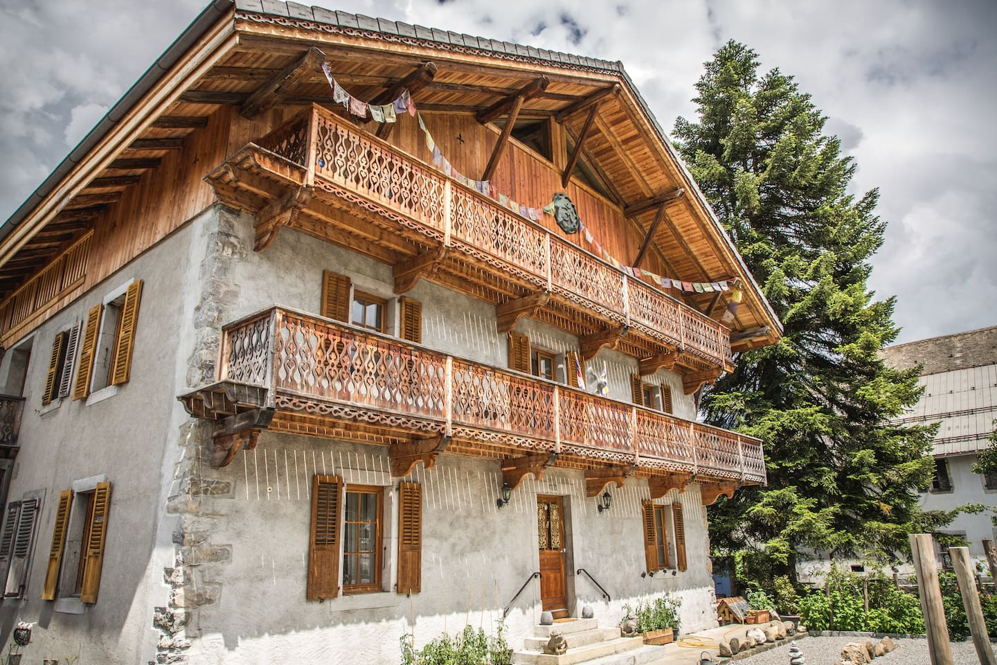Chalet  Le Badney 1881 - private apartments for up to 8 guests