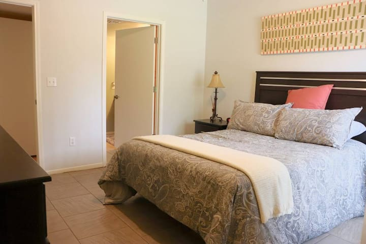 Southwest Condo with Excellent Amenities