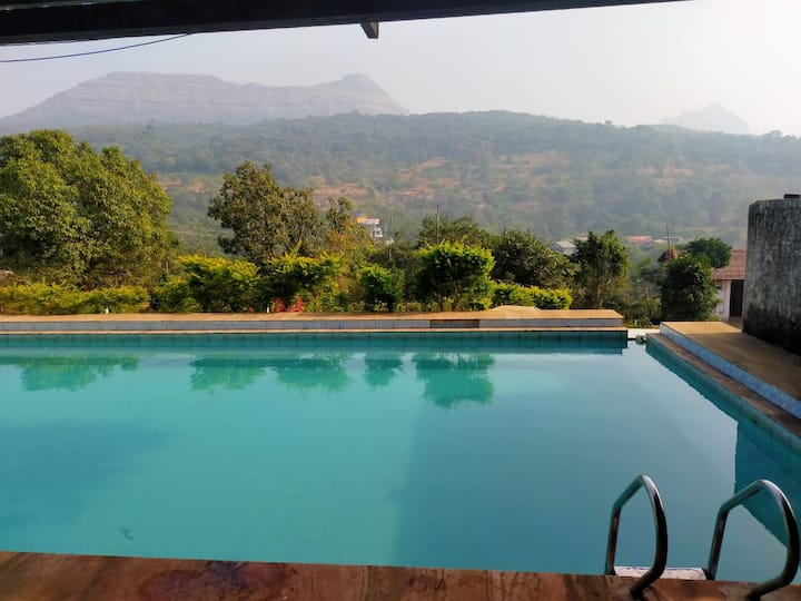 2 AC Cottage With Swimming Pool Lonavala