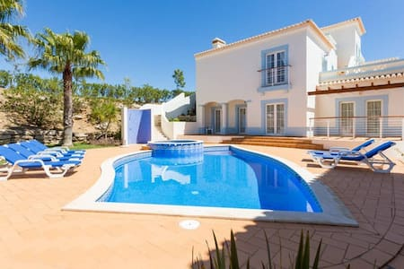 3-bedroom villa, stunning golf view - Budens