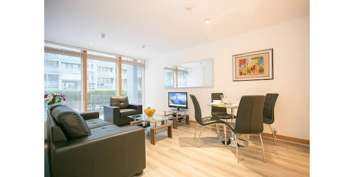 Modern 3 bedroom apartment in IFSC, Dublin 1