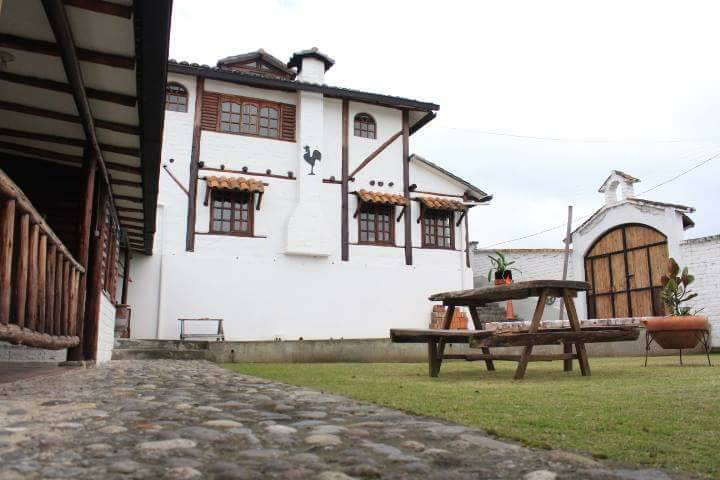 Rueda's House Contacto 0969787858/062291496