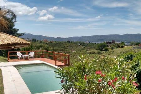 Cabañas Altos del lago. Descanso y naturaleza - Villa Carlos Paz - Chatka