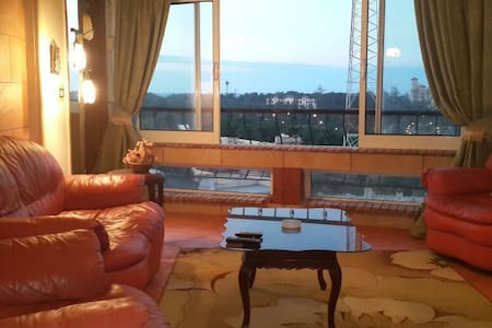 Amazing view 3 bedroom apartment,2 bath,from owner