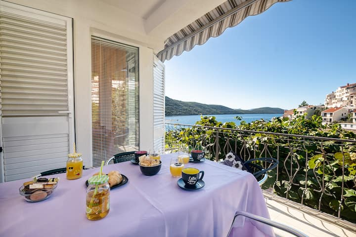 Apartments Darden - One Bedroom Apartment with Balcony and Sea View