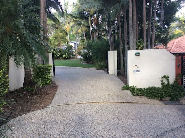 Private room with 2 King Single bed - Buderim - Bed & Breakfast