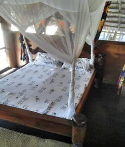 Nyumbani Rest House - Hippo Room - Kilindoni
