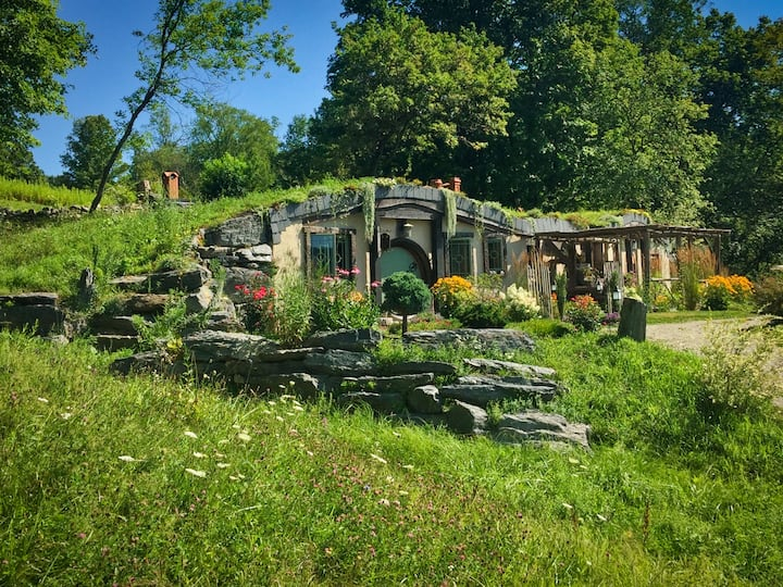 Hobbitish Fantasy in The  Lush Green Mountains  VT